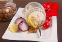 Salata De Icre De Migdale