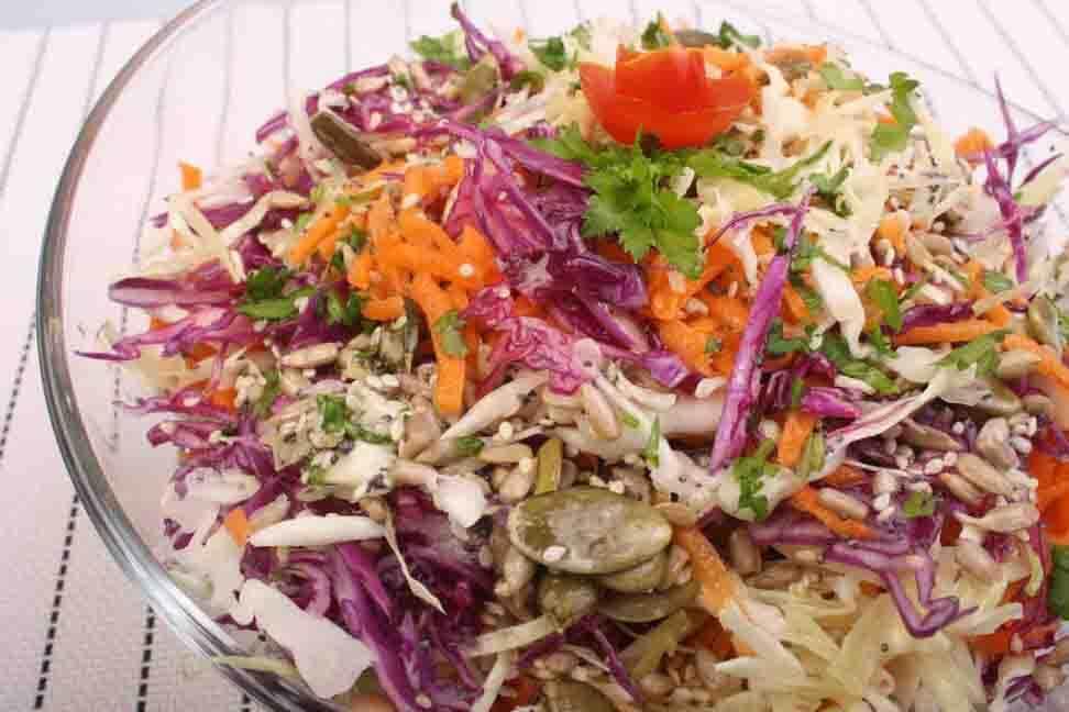 Salata de cruditati cu seminte