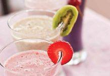 Milkshake cu fructe si fulgi de ovaz