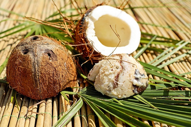 ochi nuca de cocos
