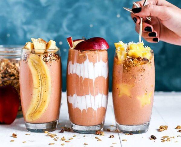 15 retete sanatoase de smoothie-uri pentru un mic dejun energizant