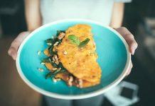 omleta de tofu umpluta