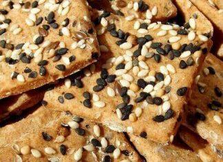 saratele crackers integrale cu seminte