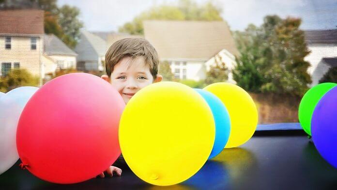 copil baloane