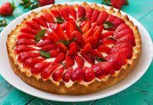 tarta de capsuni (cu crema de vanilie)