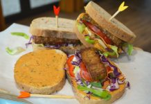 pateuri vegetale in sandwich