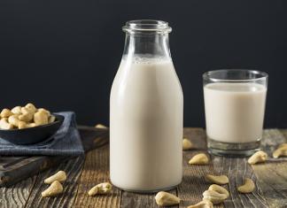 laptele din caju
