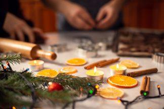 9 decorațiuni de Crăciun pe care le poți face cu ingrediente din bucătărie