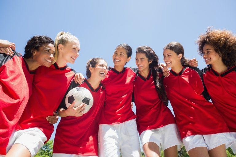 Sportul de echipă sau individual – care are mai multe avantaje pentru copii?
