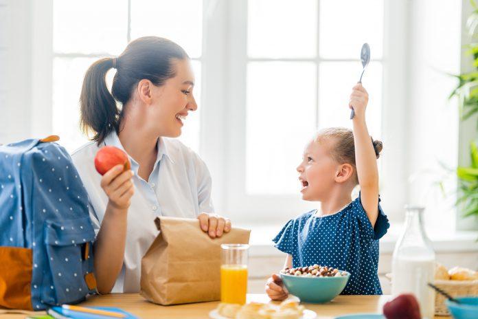 Cum ajustezi alimentația pentru întoarcerea la școală